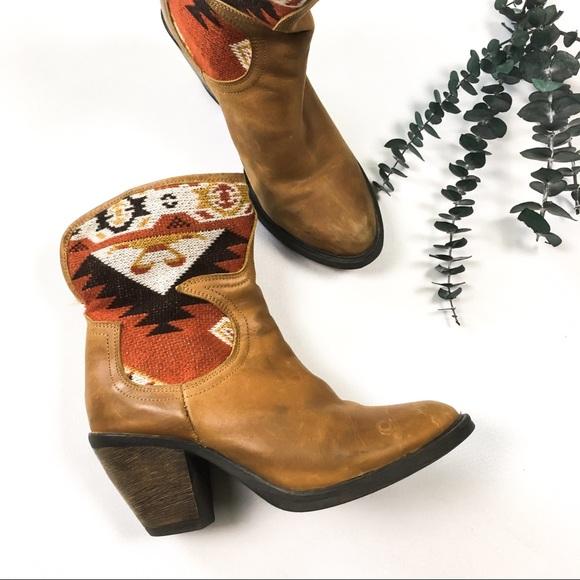 Vintage Shoes - Vintage Women's Western Heel